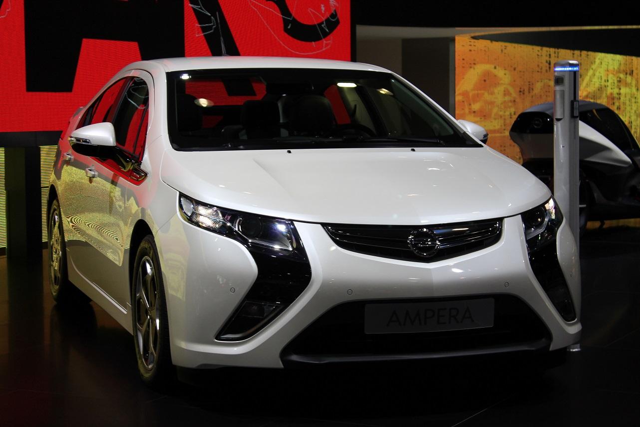 Opel Ampera - targi motoryzacyjne