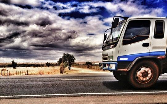 Oszczędzaj dzięki monitorowaniu pojazdów